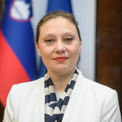 Doc. dr. Jerneja Farkaš Lainščak
